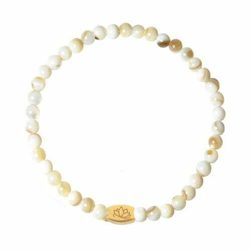 Mas Jewelz 4 mm Mother of Pearl Model 1 Gold