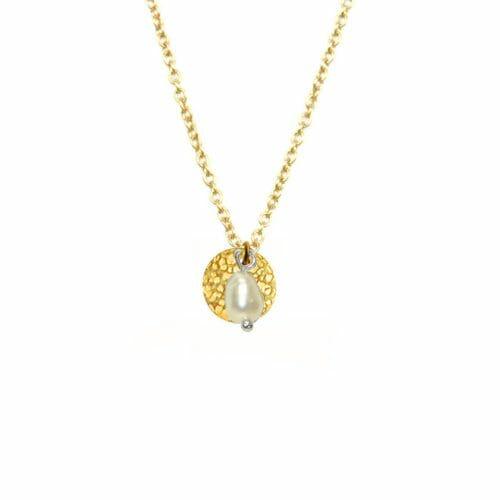 Mas Jewelz Kette mit Gehamerd Münze und Perlmutt Gold